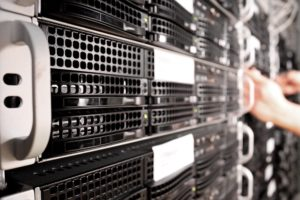 Cómo solucionar el Error Interno del Servidor o Internal Server Error en WordPress - www.ionastec.com